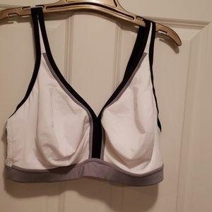 Cacique 44 DDD white bra w/ grey & black trim